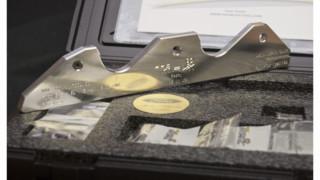 Rocky exhaust manifold stud repair tool