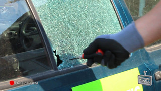 Rennsteig Tools' Destroying a car window with the Automatic Center Punch Video