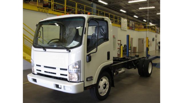 20,000th Isuzu N-Series gasoline truck rolls off the line at Spartan Motors