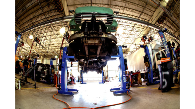 Ask the Expert: How easy is it to wheel a mobile lift?