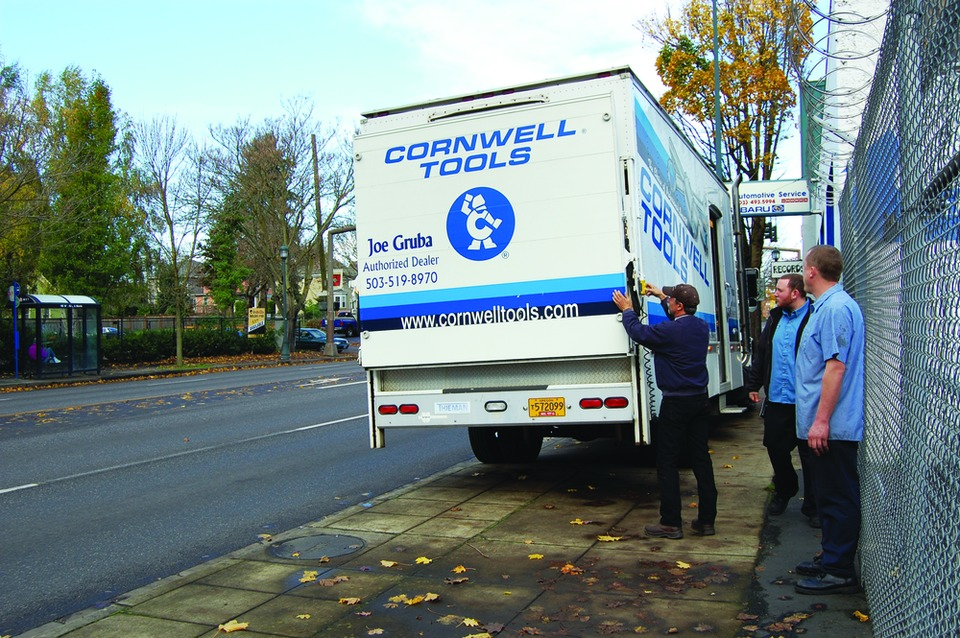 Portland, Oregon Cornwell dealer Joe Gruba focuses on customer service to sell auto tools