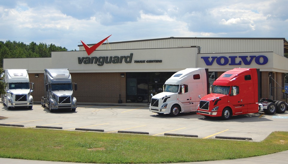 Volvo Truck Dealer >> Volvo Trucks U S Dealer Network Strengthens Support