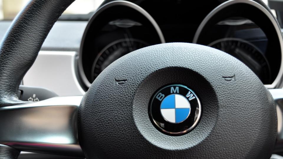 bmw recalls 1 4m vehicles for fire risk rh vehicleservicepros com BMW K Motorcycle Wiring BMW Wiring Harness Chewed Up