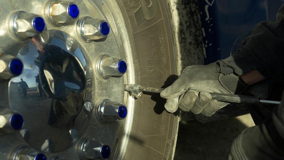 Fundamentals Of Semitrailer Tire Management