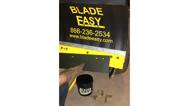 Blade Easy blade removal tool
