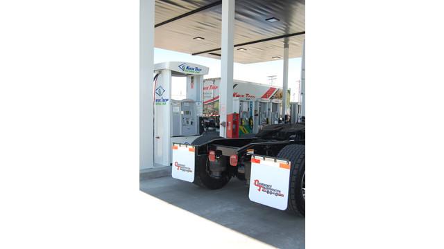 KwikTrip-fuelingstation2.JPG