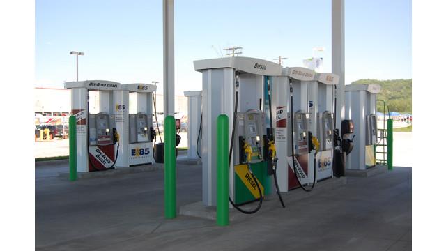 KwikTrip-fuelingstation3.JPG