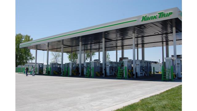 KwikTrip-fuelingstation4.JPG