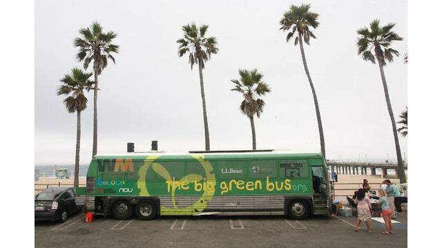 dartmouth-big-green-bus_10725882.psd