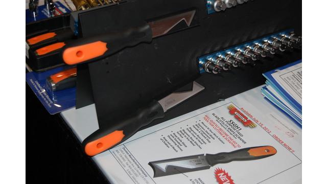 ISN-2012-Durston-VIM-Tools-Blade-Utility-Knife.JPG