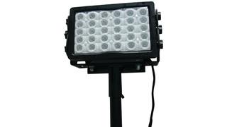 Telescoping pole-mounted LED work light No. FPM-LED5W-30-120V