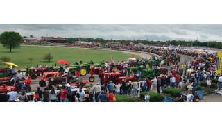 Tractor parade breaks records