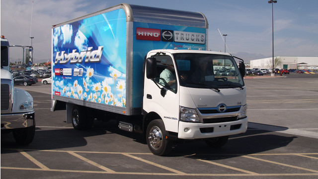 Hino-195h-Hybrid.jpg