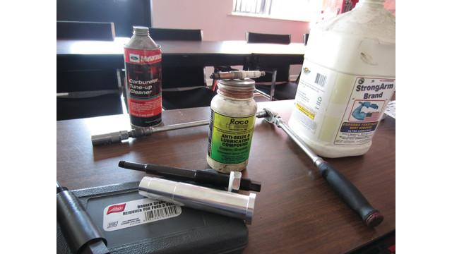 tools-for-54-spark-plug_10810876.psd