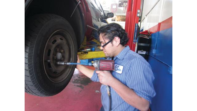 using-torque-sticks_10810884.psd