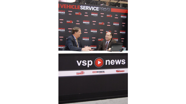 AAPEX2012-livestreaming Scott Luckett.JPG