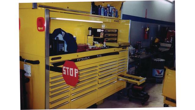 schoolbus-funny_10834452.psd
