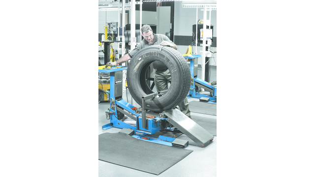 Step-10-Final-Inspection---Copyright-2012-Bridgestone-Americas-Tire-Operations-LLC.jpg