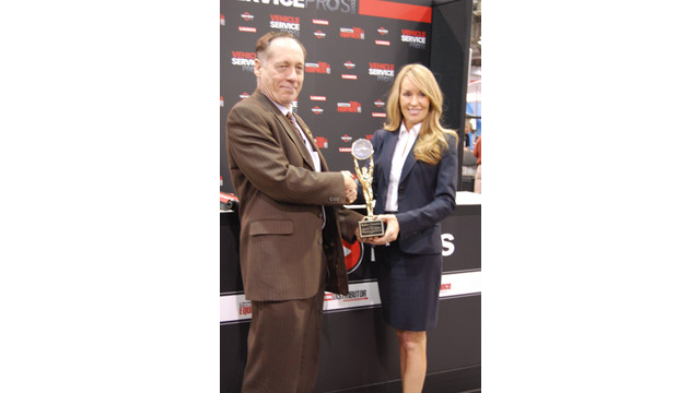AAPEX 2012-Redline Innovation Awards.JPG