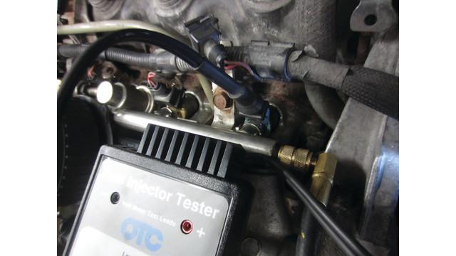 fuel-injector-tester-hook-up.JPG