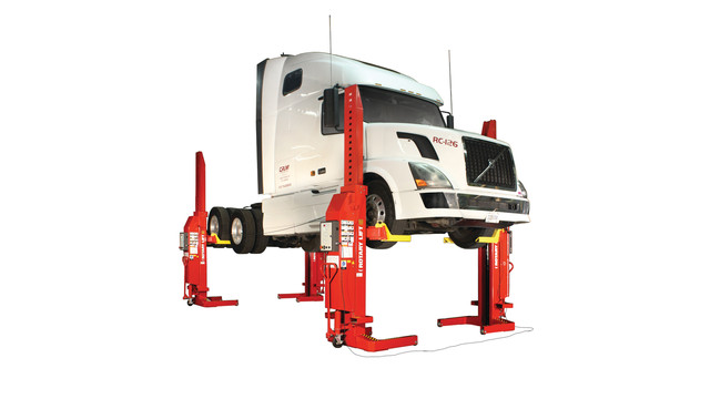 mc413-semitruck-2012_10896503.psd