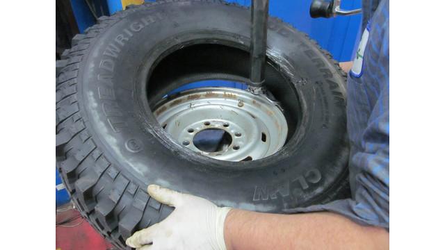 Installing-tire-2.JPG