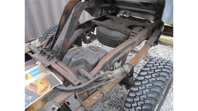 view-of-tires-with-dump-body-up.JPG