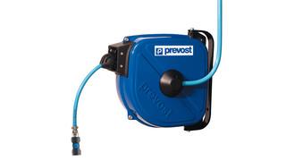 Self-retracting compressed air hose reel