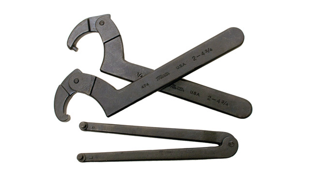 3-spanners-wht-bkg_10945110.psd
