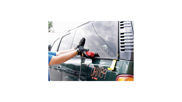 Glass Blaster® attachment removes windshields, quarter glass, and bonded auto glass in minutes!