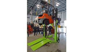Patent for hybrid battery-powered heavy vehicle lift system awarded to ARI-Hetra