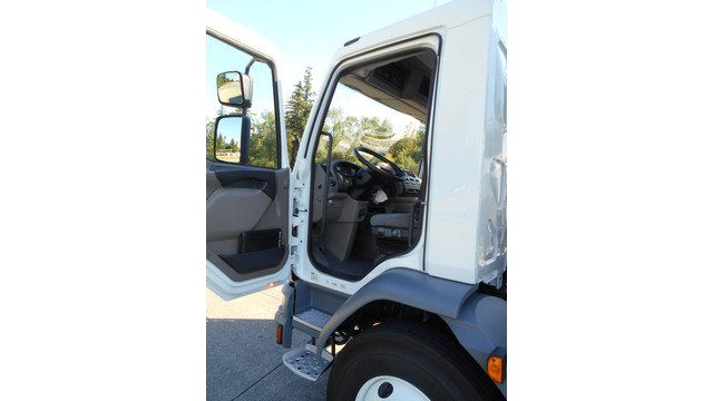9-16-13---KW-cabover-blog---4-open-door.jpg