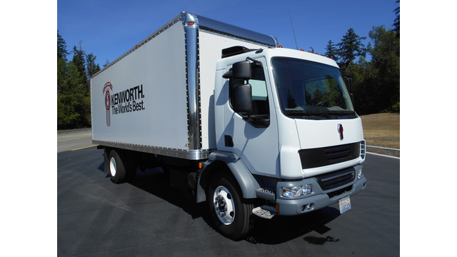 KW-cabovers-8-13---photo-1.jpg