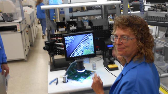 9-30-13---Detroit-reman-blog---soldering---1--on-floor.jpg
