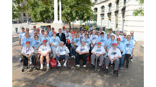Snap-on hosts veterans in Washington, D.C. sponsoring solo flights for associates