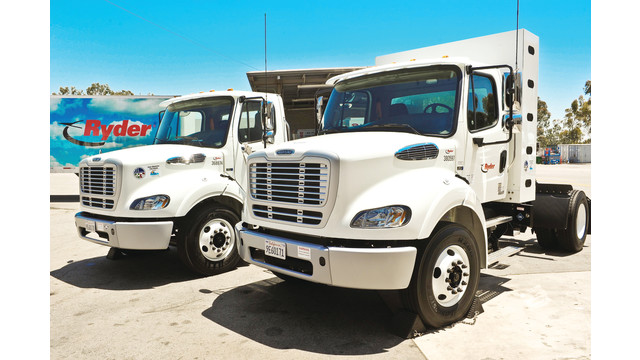 ryder-lng-and-cng-tractors-2_11212805.psd