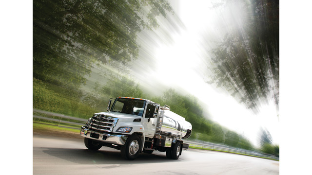 hino13-oil-driving-equestrian-_11221769.psd