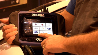 AAPEX 2013: Wrenchin Roger demos the OTC Encore scan tool
