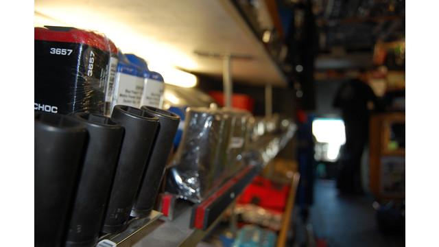 sutfin-truck-shelves5_11303110.psd