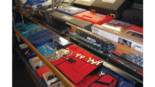 sutfin-truck-shelves1_11303102.psd