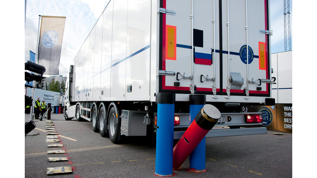 2-10-2014--Scania-blog---backing.jpg