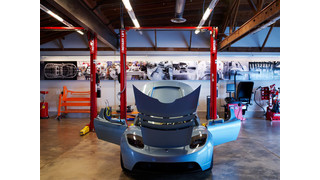 Rotary Lift installs battery-driven 2-post lifts in Tesla Motors centers