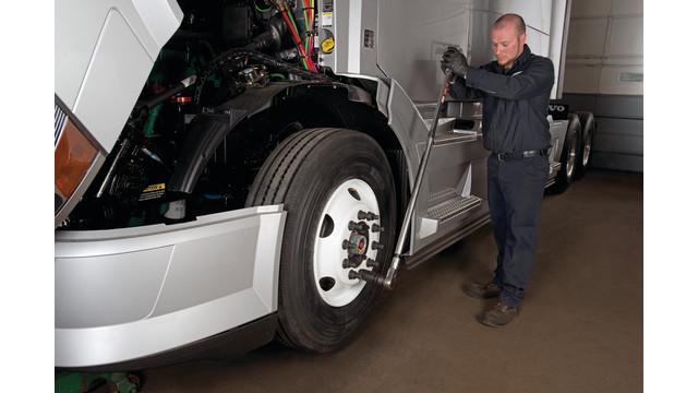 maxion-wheels-install-image1_11456258.psd