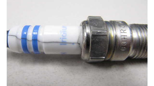 Tech Tip: Spark plug installation on modern vehicles