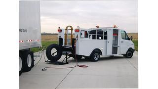 1280 SE Tire Service Truck