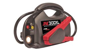 JNC300XL 12 Volt Ultra-Portable Jump Starter