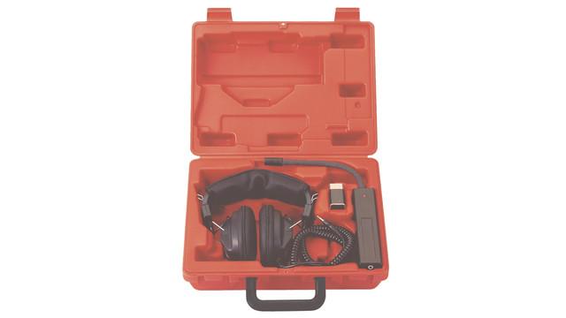 32100electronicstethoscope_10099748.eps