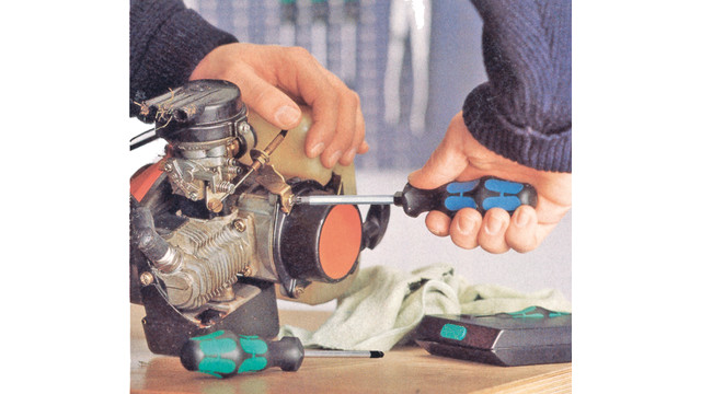 avarietyofdifferentscrewdriverstyles_10100790.tif