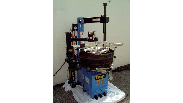 F24 Tyre Changer