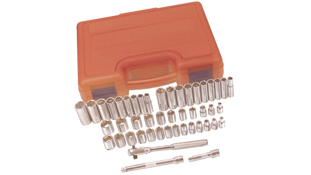 44piece14driveand47piece38standardandmetricsocketsets_10101911.eps